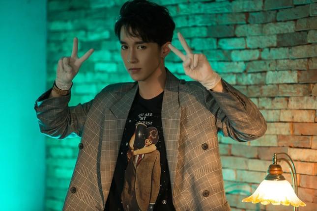 """Lỗi hẹn vì cổ vũ U23 Việt Nam, giờ nhóm Monstar mới chịu ra MV """"sướng tai đã mắt"""" ảnh 3"""