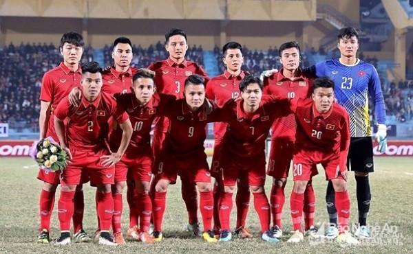 Thủ môn dự bị U23 Việt Nam gây sốt vì điển trai và tài năng không kém Bùi Tiến Dũng ảnh 2