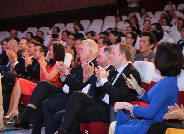 Mãn nhãn với tiết mục văn nghệ đặc sắc của teen trường Quốc tế Việt Úc (TP.HCM) ảnh 1