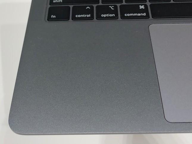 Những hình ảnh đầu tiên của MacBook Air 2018: Chiếc laptop trong mơ của mọi tín đồ Apple! ảnh 17