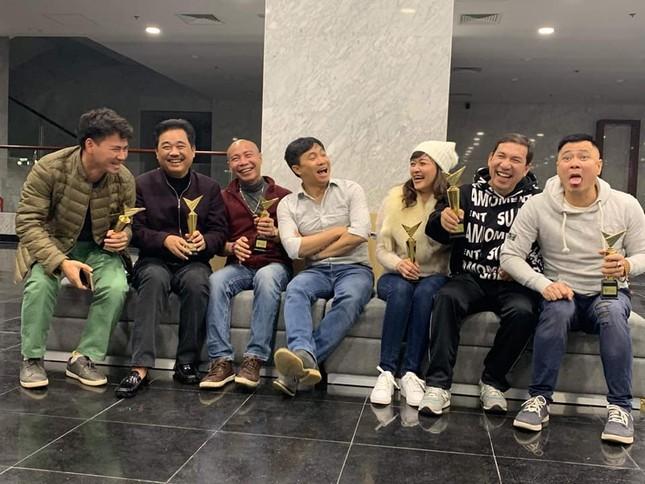 """Tâm sự """"gây bão"""" của nghệ sĩ Xuân Bắc về """"Táo Quân 2019"""": """"Đeo kính cả rồi các anh ạ""""! ảnh 2"""