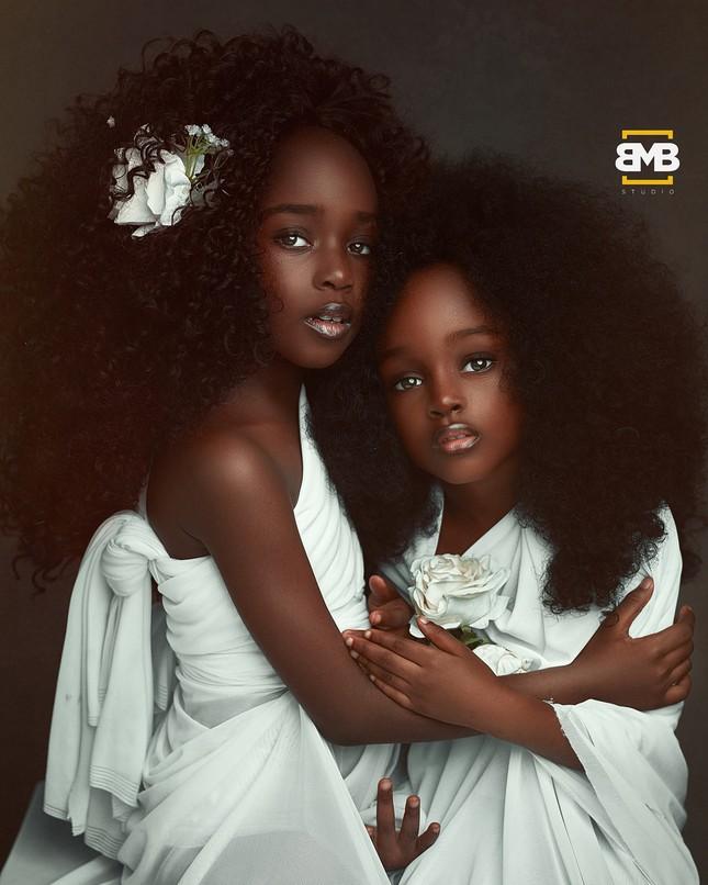 """Chiêm ngưỡng vẻ đẹp """"phá vỡ mọi quy chuẩn"""" của cô bé 6 tuổi đến từ Nigeria ảnh 6"""