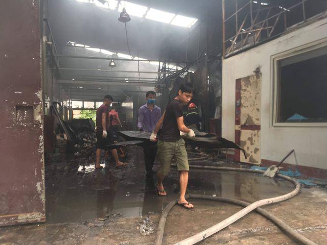 Hình ảnh hiện trường vụ cháy kinh hoàng làm 8 người chết và mất tích ảnh 8