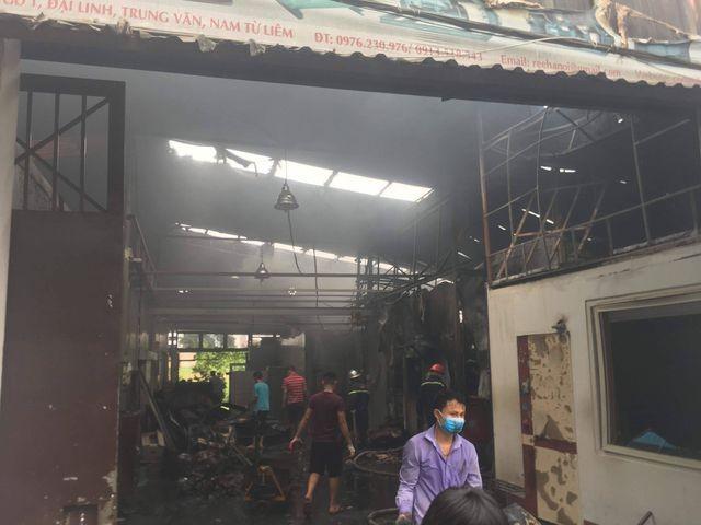 Hình ảnh hiện trường vụ cháy kinh hoàng làm 8 người chết và mất tích ảnh 9