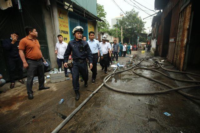 Hình ảnh hiện trường vụ cháy kinh hoàng làm 8 người chết và mất tích ảnh 14