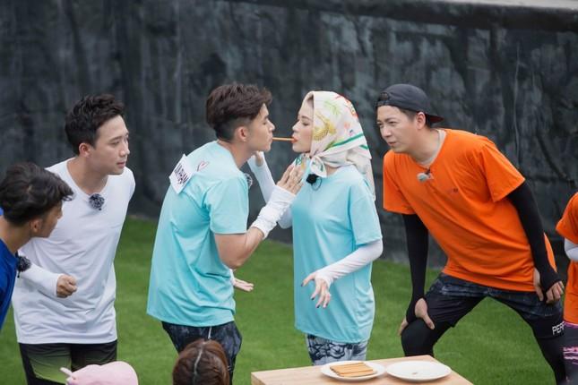 Sam giải thích về mối quan hệ thân thiết với Jun Phạm ở Running Man  ảnh 2