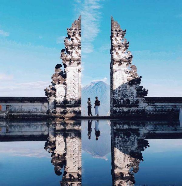 """Xuất hiện """"cổng trời Bali"""" ở Đà Lạt gây khiến cộng đồng mạng tranh cãi gay gắt ảnh 1"""