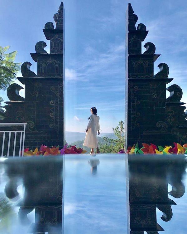 """Xuất hiện """"cổng trời Bali"""" ở Đà Lạt gây khiến cộng đồng mạng tranh cãi gay gắt ảnh 5"""
