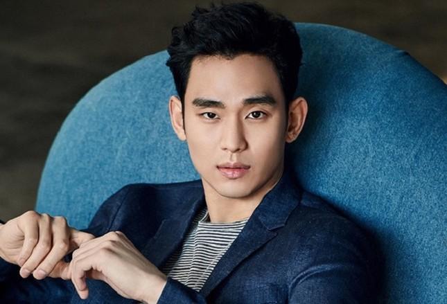 """Còn chưa xuất ngũ, """"cụ giáo"""" Kim Soo Hyun đã có ngay hợp đồng quảng cáo ảnh 2"""