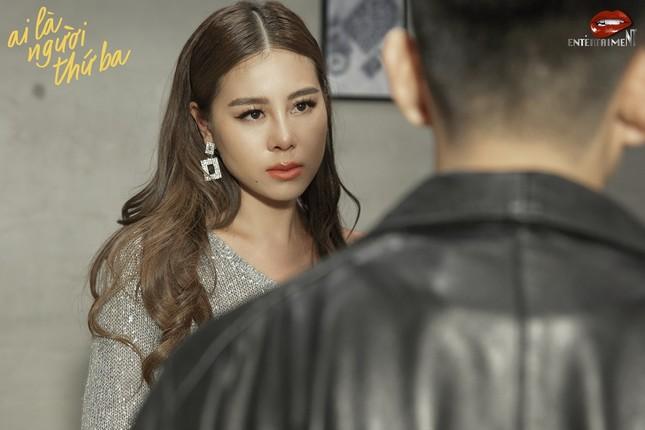 """Sau cổ trang và giang hồ, Nam Thư chọn đề tài """"người thứ ba"""" cho web-drama mới ảnh 1"""