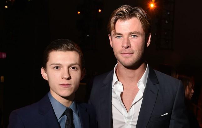 """Hóa ra thần sấm Thor mới là """"ông mai"""" giúp Tom Holland nhận được vai Nhện bé ảnh 2"""