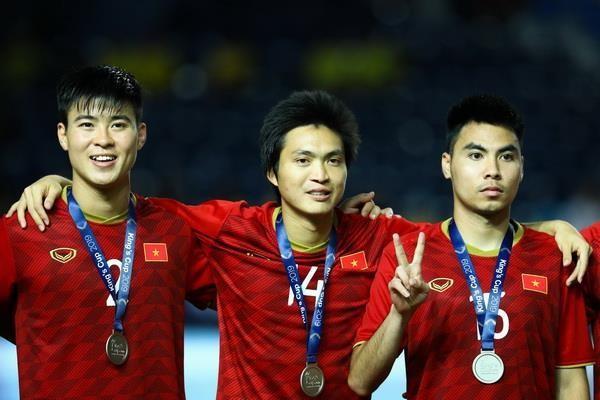 ĐT Việt Nam lên hạng 15 châu Á, vào nhóm 2 vòng loại World Cup 2022 ảnh 1