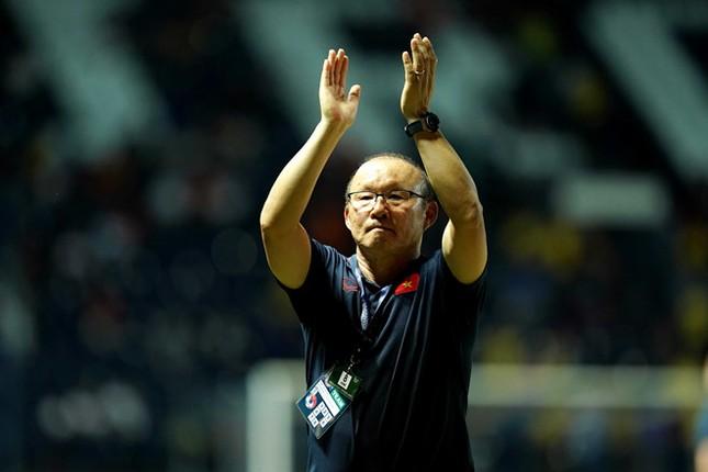 Bóng đá Việt Nam không thể để mất HLV Park Hang-seo ảnh 2