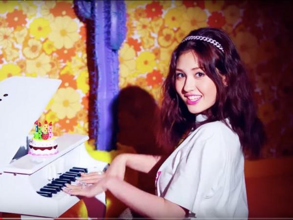 Chờ bao lâu mới được debut, nhưng ca khúc đầu tay của Jeon Somi đang rớt hạng ảnh 1