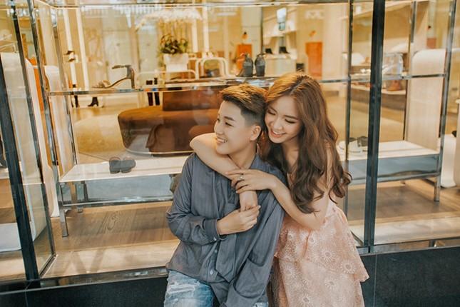 """2 """"hot girl"""" làm đám cưới: """"Tôi mong Việt Nam sớm công nhận hôn nhân đồng giới"""" ảnh 3"""