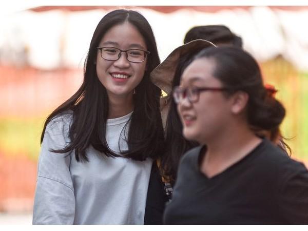 Muôn vẻ cảm xúc thí sinh sau khi hoàn thành kỳ thi THPT quốc gia 2019 ảnh 3