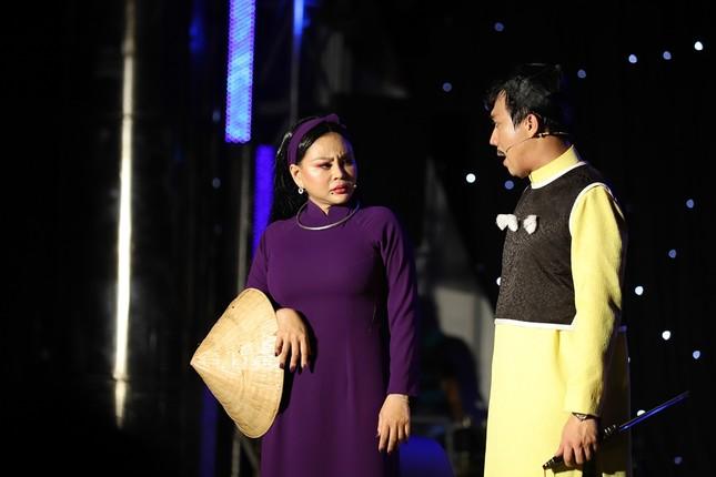Hoài Linh giả nữ đại gia Việt kiều, lập kế hiểm giúp Chí Tài cưa gái ảnh 6