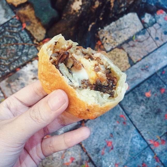 Chiều Hà Nội mùa này rất hợp để thưởng thức bánh xíu páo Nam Định ảnh 4