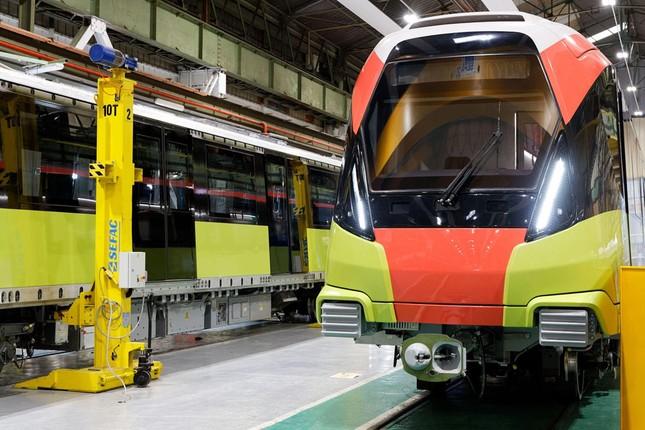 Hình ảnh tàu tuyến metro Nhổn - Ga Hà Nội đang lắp ráp tại Pháp ảnh 2