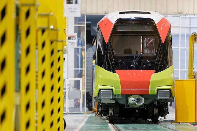 Hình ảnh tàu tuyến metro Nhổn - Ga Hà Nội đang lắp ráp tại Pháp ảnh 5