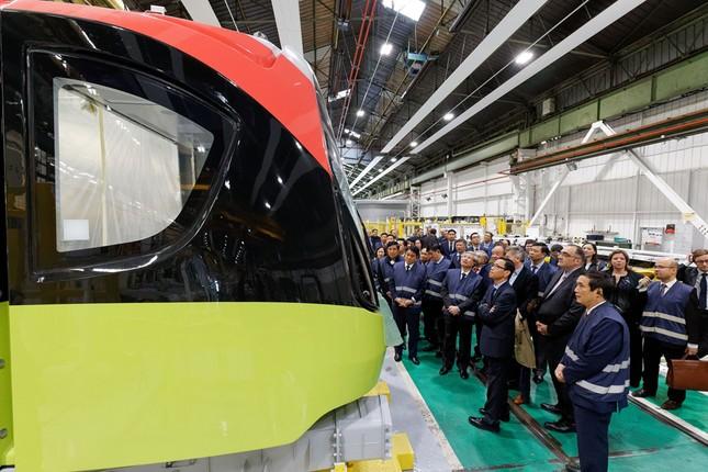 Hình ảnh tàu tuyến metro Nhổn - Ga Hà Nội đang lắp ráp tại Pháp ảnh 7