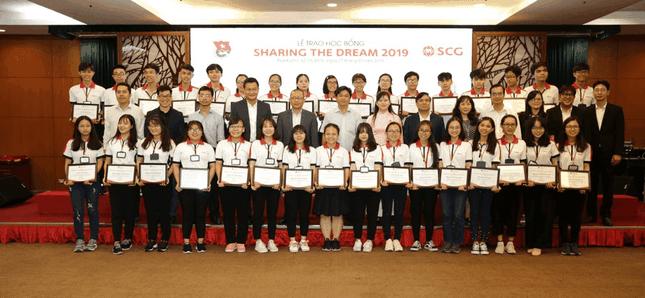 Học bổng Sharing The Dream chắp cánh ước mơ, hỗ trợ sinh viên suốt thời gian Đại học ảnh 2