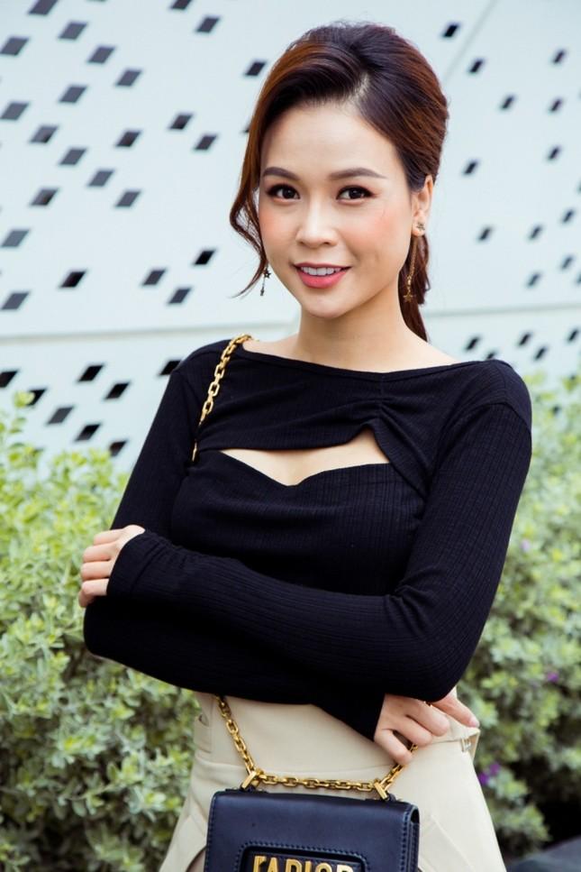 Cùng lúc ra mắt 4 sản phẩm online, Thu Trang - Tiến Luật mời Sam - Ngô Kiến Huy tham gia ảnh 3