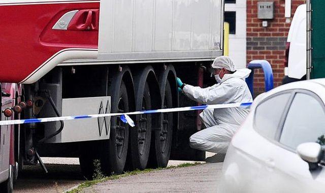 Mắt xích quan trọng trong cuộc điều tra vụ 39 người chết ở Anh ảnh 1