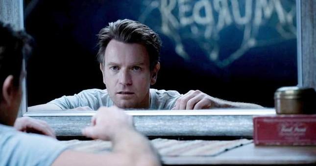 """""""Doctor Sleep"""" chắc chắn là bộ phim khiến fan phim kinh dị cũng phải hoảng sợ ảnh 3"""