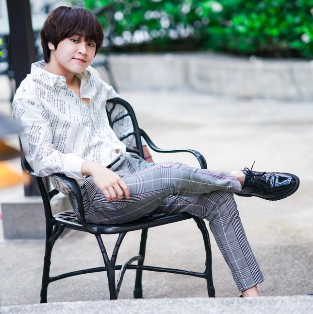 """Quán quân """"Vietnam Idol Kids"""" Thiên Khôi mời R.TEE tham gia hát rap trong ca khúc mới ảnh 4"""