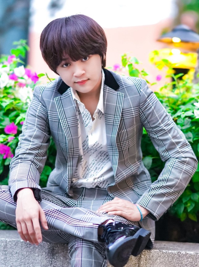 """Quán quân """"Vietnam Idol Kids"""" Thiên Khôi mời R.TEE tham gia hát rap trong ca khúc mới ảnh 1"""