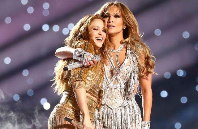 """Chứng minh đẳng cấp """"chị đại"""", Shakira & Jennifer Lopez khiến """"Super Bowl"""" vĩ đại trở lại! ảnh 3"""