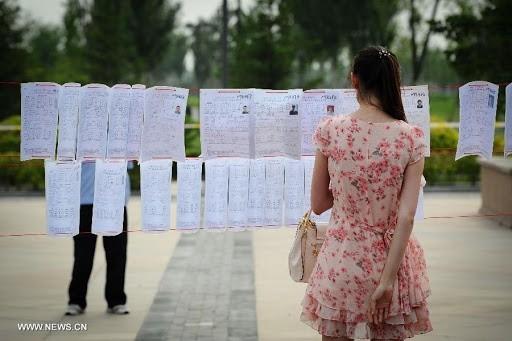 Trung Quốc giữa dịch corona: Học hành, mai mối, kết hôn đều online ảnh 6