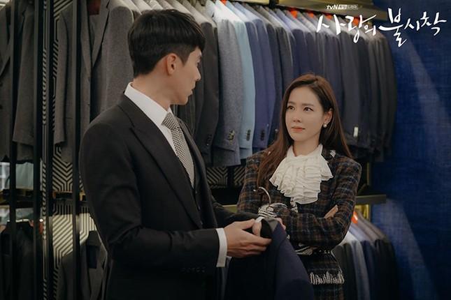 Chỉ là đi thử vest mà Hyun Bin cũng gây thương nhớ vì đẹp hơn cả mẫu ảnh 2