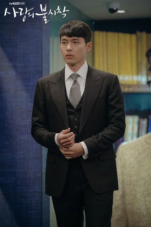 Chỉ là đi thử vest mà Hyun Bin cũng gây thương nhớ vì đẹp hơn cả mẫu ảnh 4