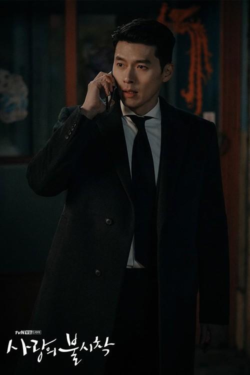 Chỉ là đi thử vest mà Hyun Bin cũng gây thương nhớ vì đẹp hơn cả mẫu ảnh 5