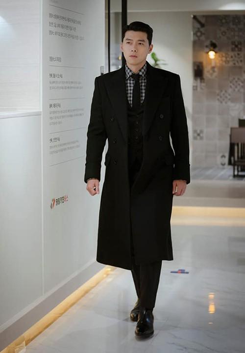 Chỉ là đi thử vest mà Hyun Bin cũng gây thương nhớ vì đẹp hơn cả mẫu ảnh 6