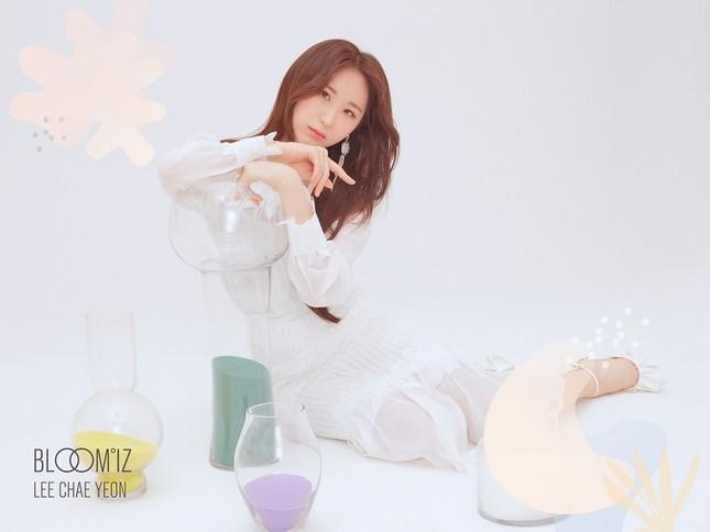 """Những nàng tiên IZ*ONE tung 2 bộ ảnh """"nhá hàng"""" comeback sau thời gian dài vắng bóng ảnh 10"""