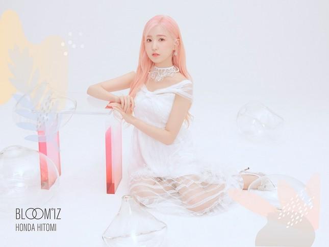 """Những nàng tiên IZ*ONE tung 2 bộ ảnh """"nhá hàng"""" comeback sau thời gian dài vắng bóng ảnh 4"""