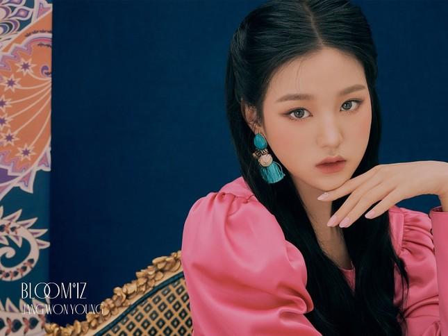"""Những nàng tiên IZ*ONE tung 2 bộ ảnh """"nhá hàng"""" comeback sau thời gian dài vắng bóng ảnh 23"""
