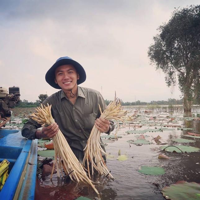 Khoai Lang Thang: Hạnh phúc là được làm điều mình thích và chăm lo cho người mình yêu thương  ảnh 6