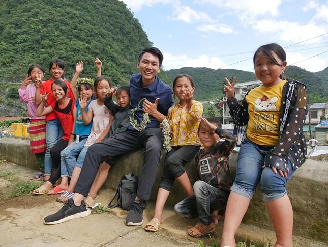 Khoai Lang Thang: Hạnh phúc là được làm điều mình thích và chăm lo cho người mình yêu thương  ảnh 3