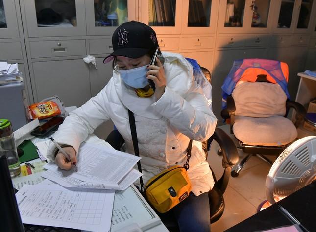 Vũ Hán rà soát từng nhà, quyết không bỏ sót người nhiễm virus corona ảnh 3