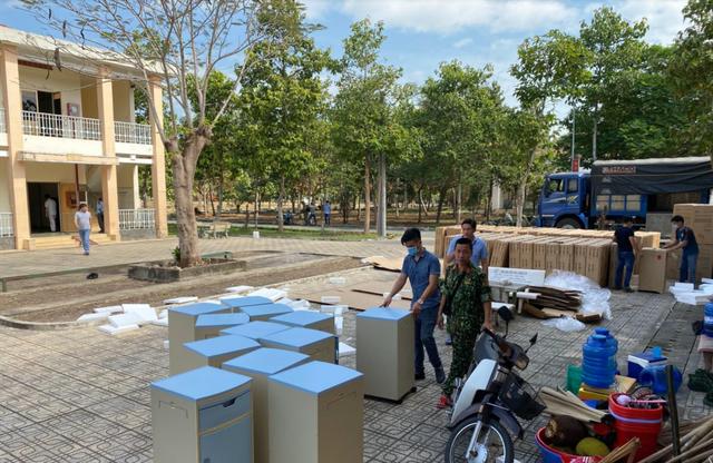 Những hình ảnh đầu tiên về bệnh viện dã chiến chống corona tại Sài Gòn ảnh 2