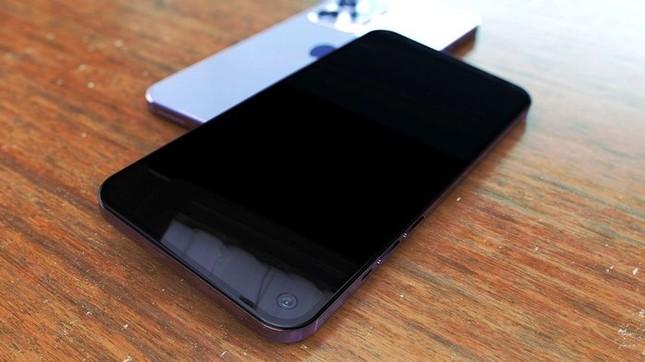 Cận cảnh iPhone 12 Pro Max đẹp nhức nhối, đố các tín đồ Apple có thể kiềm chế ảnh 2