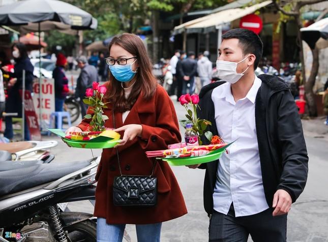 Nhiều năm lẻ bóng, cô gái tới chùa Hà cầu duyên trước ngày Valentine ảnh 2