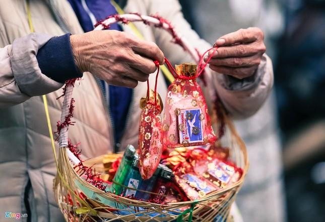 Nhiều năm lẻ bóng, cô gái tới chùa Hà cầu duyên trước ngày Valentine ảnh 11