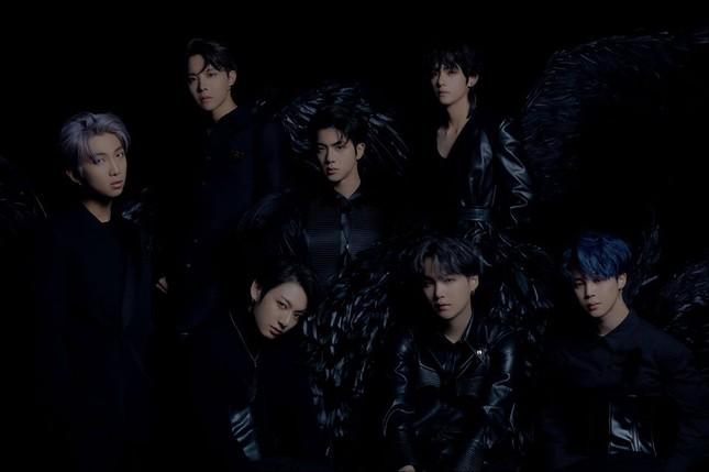 """BTS hóa thành """"Thiên nga đen"""" trong bộ ảnh thứ hai của album """"MOTS: 7"""" ảnh 1"""