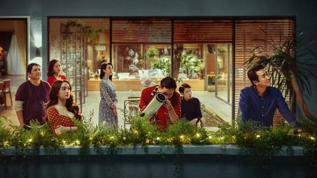 """Ca khúc hit """"Thật Bất Ngờ"""" của Trúc Nhân xuất hiện trong teaser của """"Tiệc Trăng Máu"""" ảnh 1"""