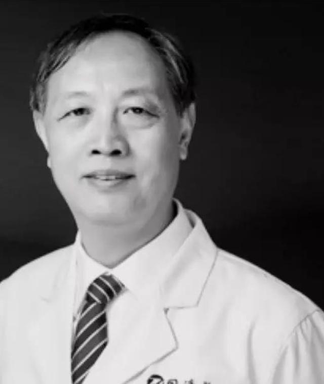 Thêm một bác sĩ nổi tiếng của Trung Quốc tử vong vì virus corona ảnh 1